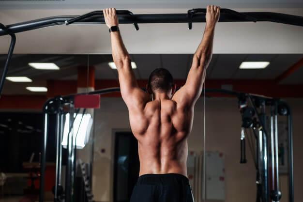 Personal Fit Club - Goede oefeningen voor de rug - pullup en chinup